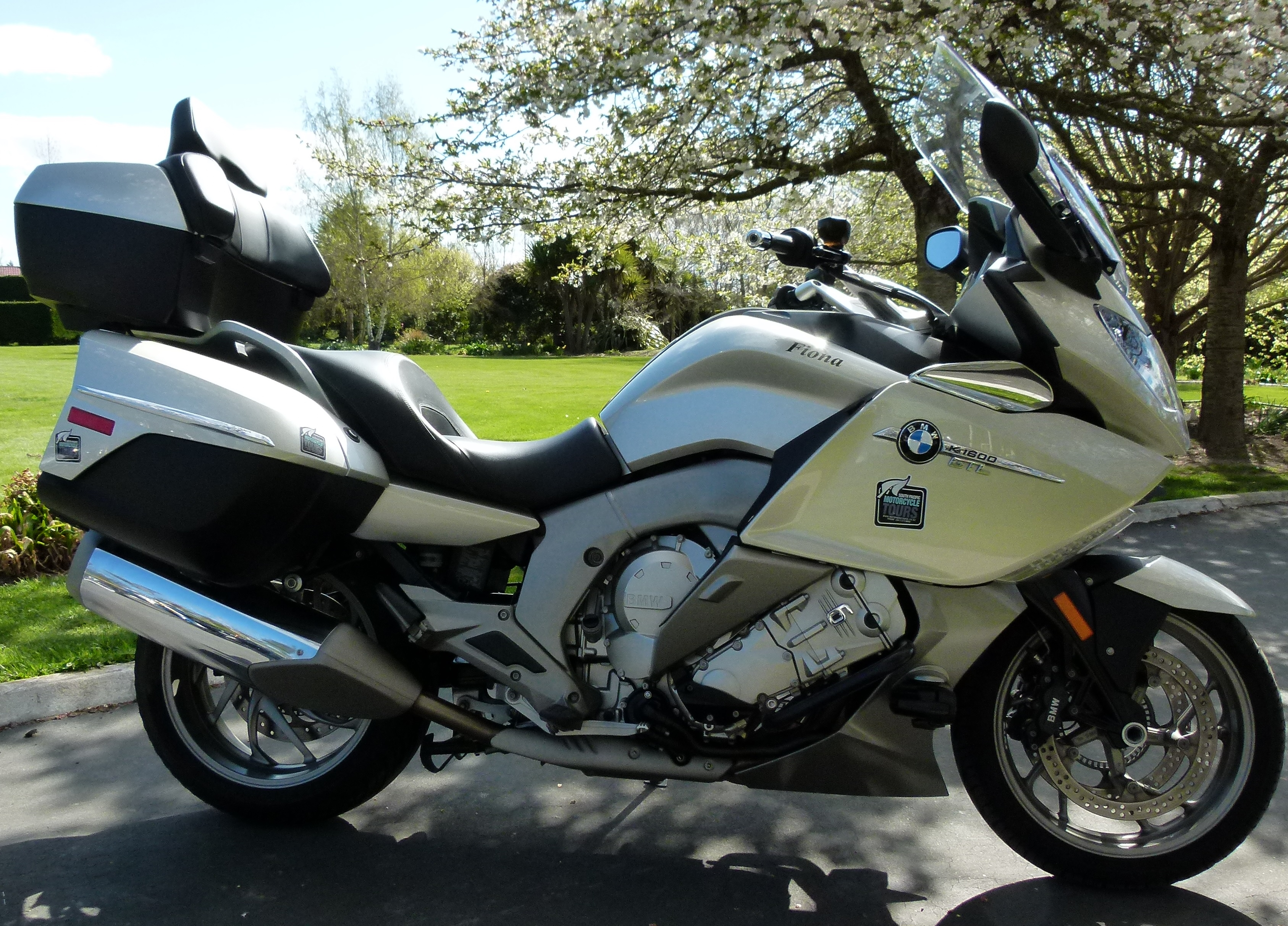 Bmw K1600gtl South Pacific Motorcycle Tours New Zealand